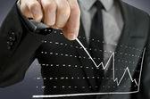 Graphe de traction homme d'affaires vers le haut — Photo