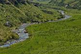 River and rocks in Giants Castle KwaZulu-Natal nature reserve — ストック写真