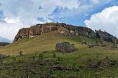 Interesting sedimentary rock in Giants Castle KwaZulu-Natal nature reserve — ストック写真