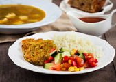 Healthy vegetarian lunch — Stock Photo