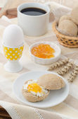 Breakfast with muffin, cheese, jam and egg — Stock Photo