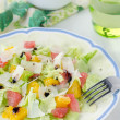 Salad with grapefruit, oranges, iceberg lettuce and cheese — Stok fotoğraf