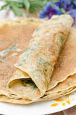 Crepes with spinach closeup vertical — Stock Photo