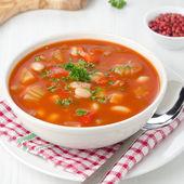 Sopa de tomate assado com feijão, aipo e pimento — Foto Stock