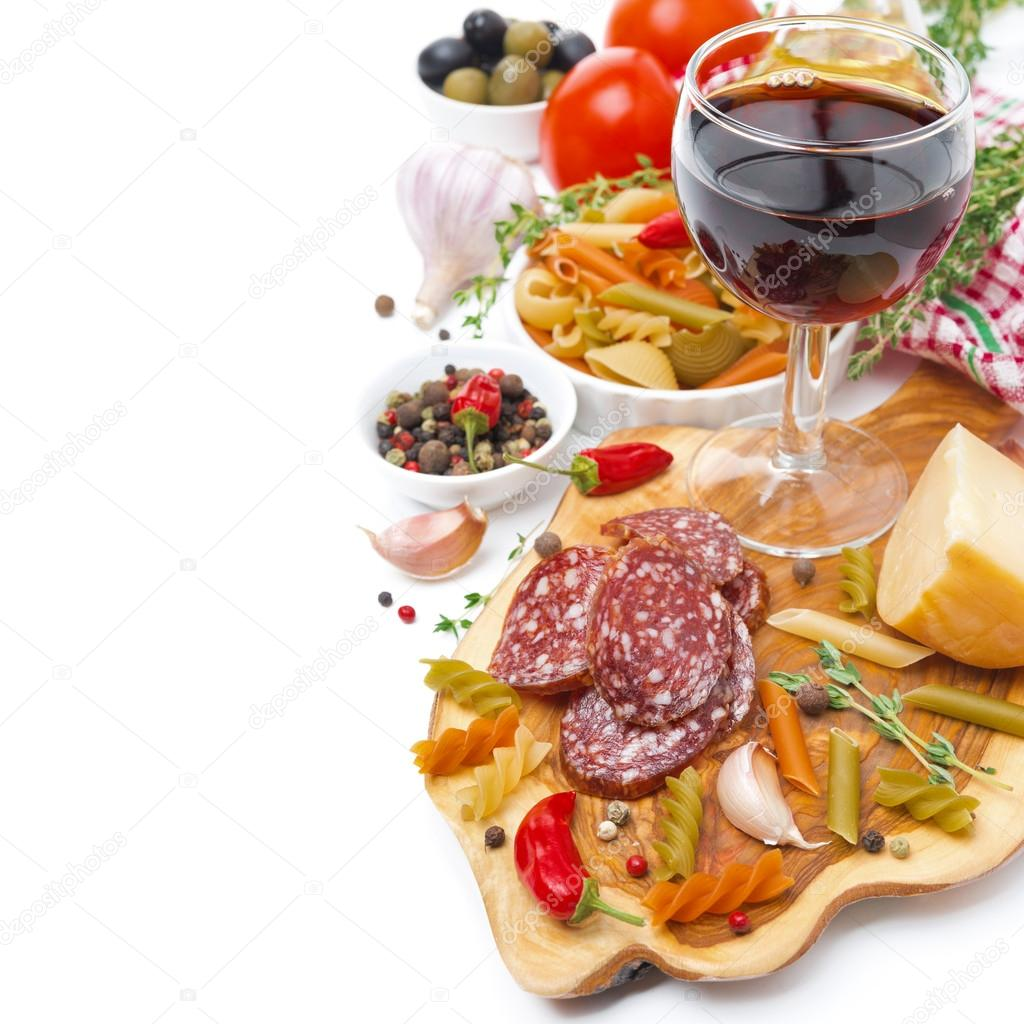 Comida italiana queijo salsicha massas especiarias e for Comida italiana