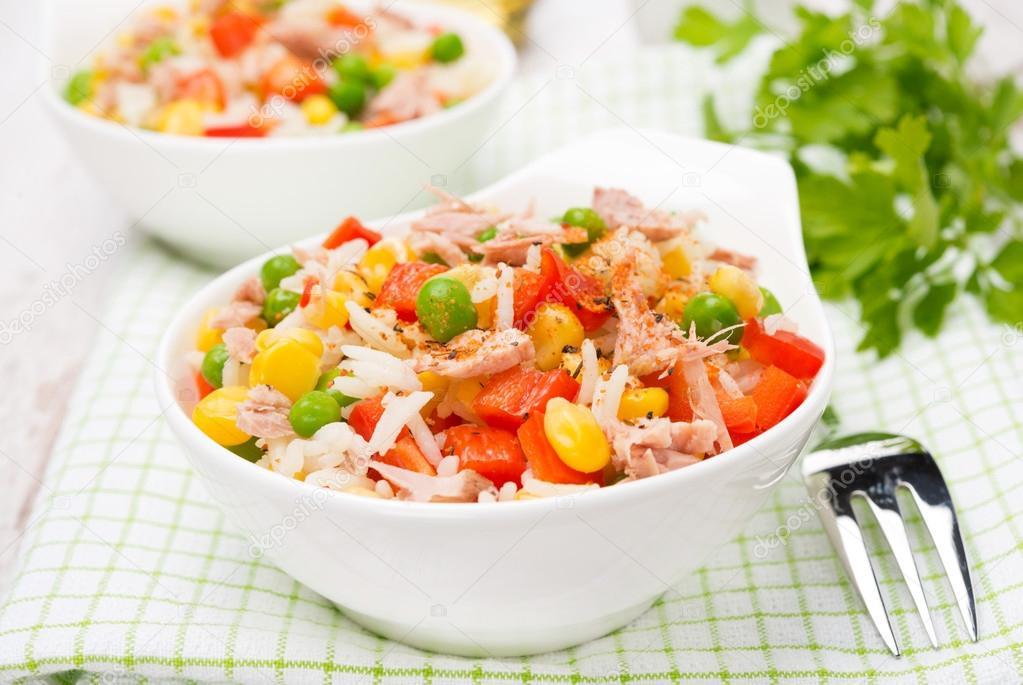 Салат с зеленым горошком и рисом рецепт с