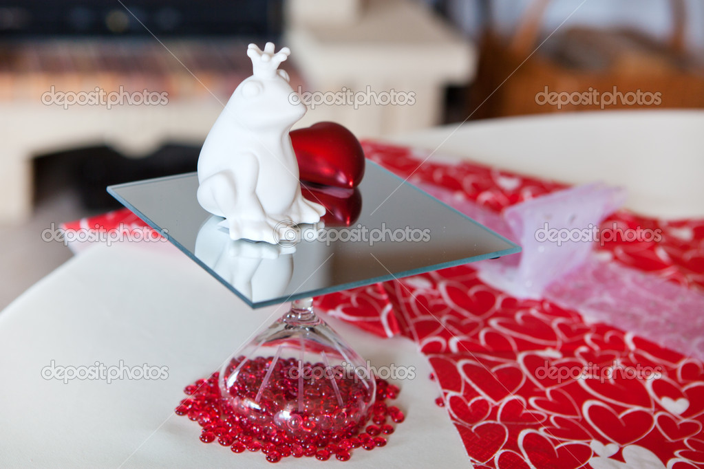 Details of table setting in red decorated for romantic Valentin's Day dinner — Stock Photo #14649383