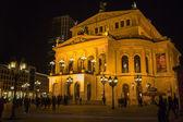 Frankfurt - mar 2: alte oper v noci na 2 březen 2013 ve frankf — Stock fotografie