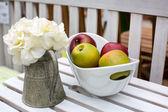 Decoration of summer garden table — Stock Photo