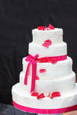 Wedding cake in white and pink. — Stock Photo