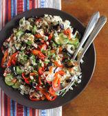 část vegetariánské vařené hnědé rýže — Stock fotografie