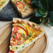 Quiche or pie with tomatoes, cottage cheese filling — Stock Photo