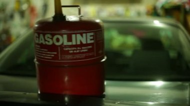 Gasoline gas can canister — Stock Video