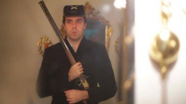 Civil war soldier union standing guard. — Stock Video