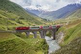 Swiss alpine landscape — Stock Photo