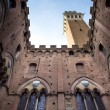 Siena, inner courtyard of municipal palace — Stockfoto #34781117