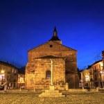 Plaza del Grano and Church Santa Maria del Camino in Leon, Spain — Stock Photo