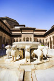 Famous Lion Fountain in the Alhambra Palace, Granada, Andalusia, — Zdjęcie stockowe