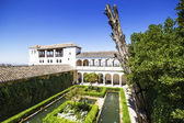 Generalife fountains and gardens in the Alhambra, Granada, Andal — Stock Photo