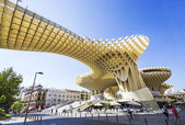 SEVILLA, SPAIN - SEPTEMBER 09: Metropol Parasol in Plaza de la E — Stock Photo