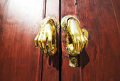 Door handle or knocker in Spain — Stock Photo