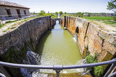 Locks of Canal de Castilla in Fromista, Palencia, Castilla-Leon, — Stock Photo