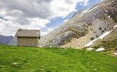 Mountain refuge in the mountains of Palencia, Castilla-Leon, Spa — Stock Photo