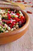Bean salad and various vegetables — Stock Photo