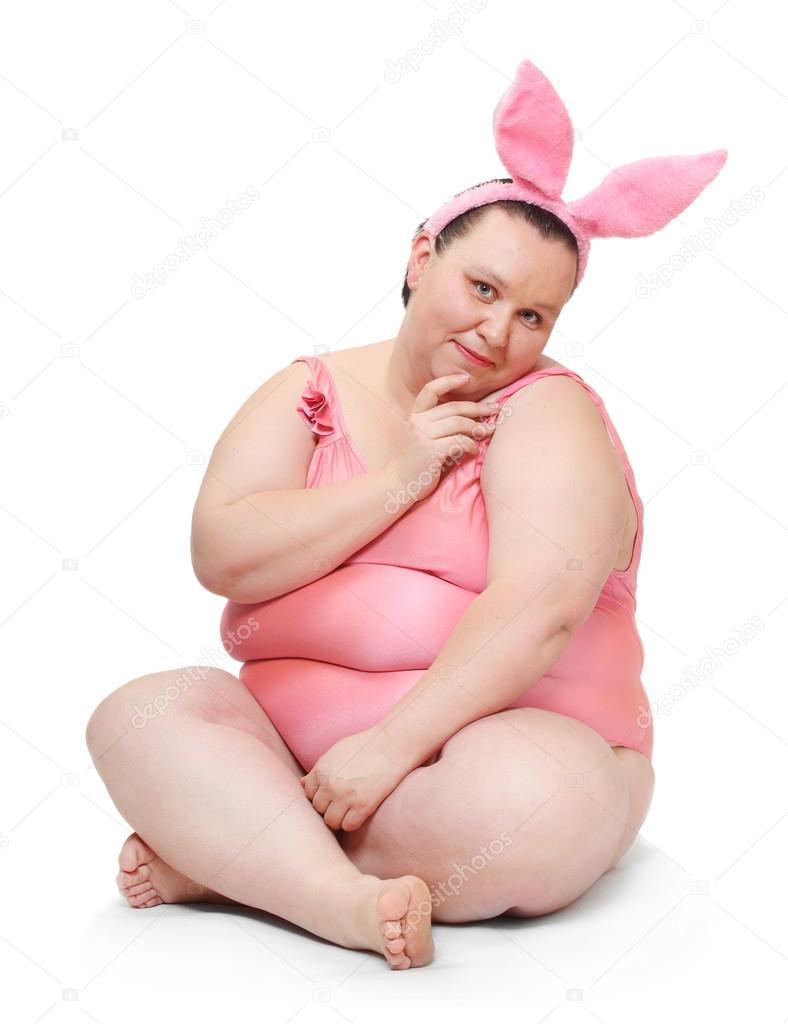 Мокрая толстая девушка фото