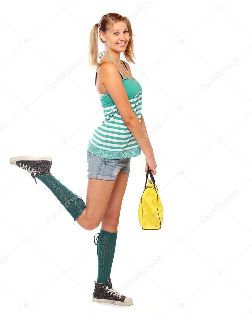 Девушка роллер на пляже фото