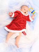 Söt baby klädd som santa. bra för kalender och jul hälsningar. — Stockfoto