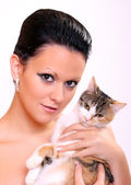 Girl and little cat — Stock Photo