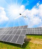 Solar energy panels and solar aircraft — 图库照片
