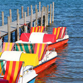 Colorful boats on lake — Foto Stock