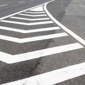 дорожный знак на шоссе. — Стоковое фото