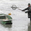 Unidentified fisherman enjoy harvest of pond Blatna — Stock Photo