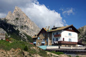Farm-house in Dolomiti Mountains — Stock Photo
