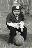 Boy playing soccer — Stock Photo
