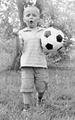 Fútbol de explotación chico — Foto de Stock