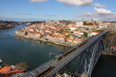 Train over Dom Luis I bridge, Porto, Portugal — Stock Photo