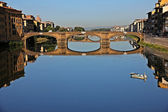 Bro över floden arno, Florens, Italien — Stockfoto