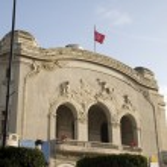 The Municipal Theater Art Noveau style Avenue Habib Bourguiba Tu — Stock Photo