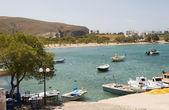 Harbor and beach Pollonia Milos Cyclades Greek island Greece — Stock Photo