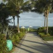 Walkway to beautiful tropical beach — Stock Photo