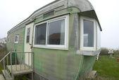 Beachfront mobile home — Stock Photo
