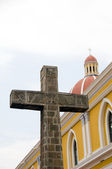 The cathedral of grenada nicaragua with catholic cross — Stock Photo