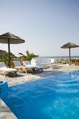 Piscine grec island resort — Photo