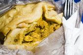 Dahl pouri roti trinidad native pellicules alimentaires, aussi appelé bust up s — Photo
