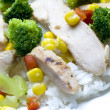 Chicken breast slices with vegetables — 图库照片