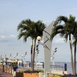 Walkway boardwalk with symbol poles malecon 2000 guayaquil boardwalk ecuador — Stock Photo